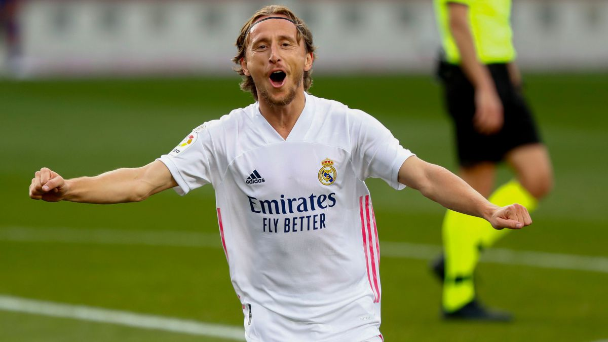 Luka Modric agrees on a new one-year contract with Real Madrid