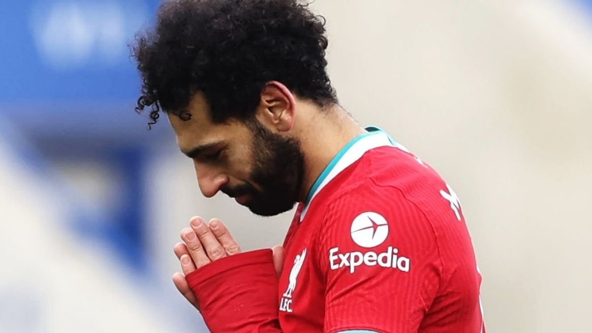 Mohamed Salah calls on world leaders to 'make sure the violence and killing of innocent people stops immediately'